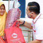Bantu Warga Korban Banjir-Longsor Pinang, ITM Kepri Serahkan Sembako Hingga Peralatan Dapur